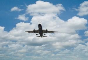 in aereo con il pancione
