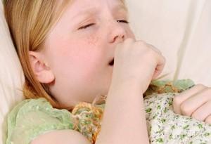 Tosse secca nei bambini: i rimedi più efficaci