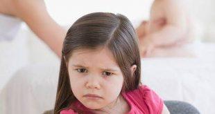 come evitare atteggiamenti negativi e gelosia del primogenito quando arriva il secondo figlio