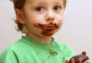 Cioccolata e bambini: fa male?