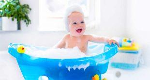 Come far fare il bagnetto al bimbo